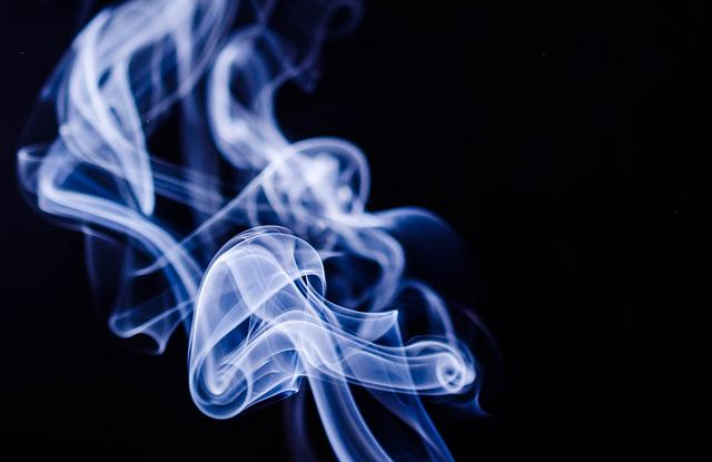 De e-sigaret een minder schadelijk alternatief voor de verstokte roker